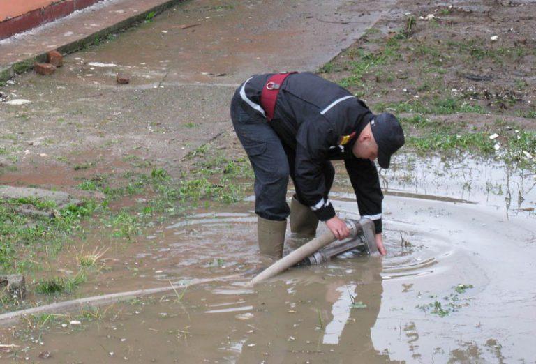 Pericol de inundaţii în Sudul judeţului