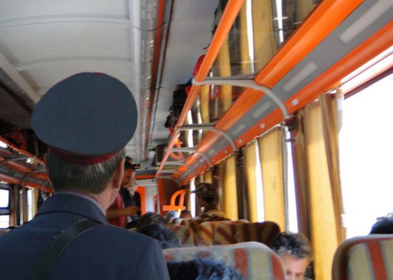 Un tren a lovit mortal o femeie, în Constanţa