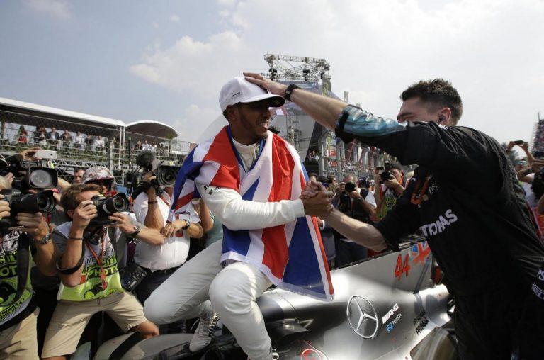 Hamilton s-a încoronat din nou rege în F1