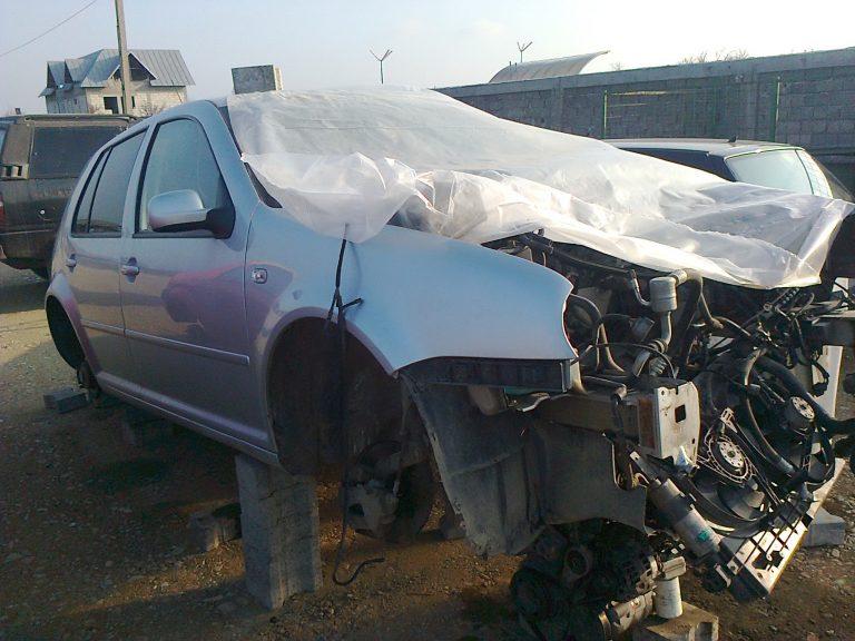 Accident cu trei victime la Ștefănești