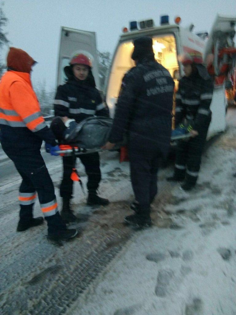Iarna a început cu accidente şi blocaje în trafic