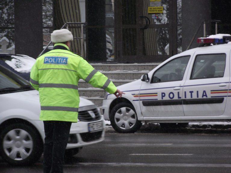 Pietoni luaţi în colimator de poliţişti