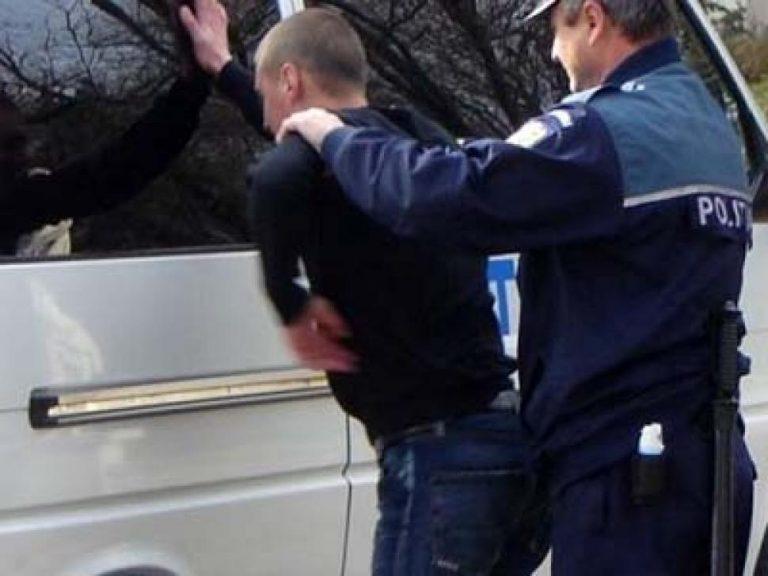 Prins la furat în timp ce se afla sub control judiciar