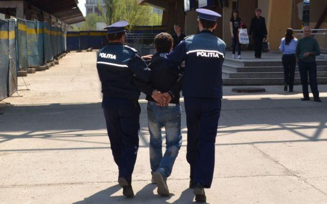 Puștan prins la furat în Piața centrală