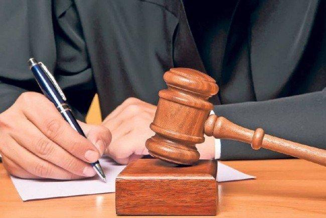 Abrogarea pensiilor speciale: Tribunalul şi Curtea de Apel Bucureşti suspendă activitatea pe durată nedeterminată