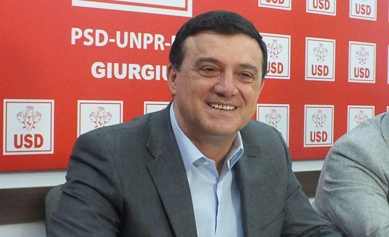 Niculae Bădălău amendat după ce hoţii i-au spart casa