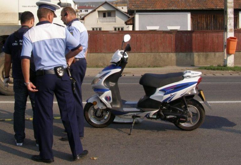 Scuterist penal prins la Dersca