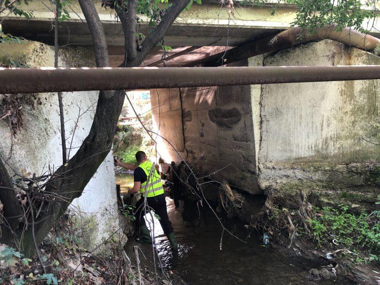 Demersuri pentru reabilitarea unui pod afectat de inundaţiile din vară