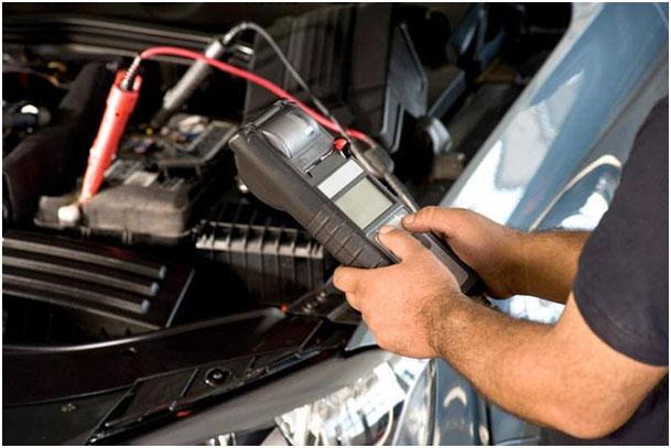 Cum se poate verifica starea de încărcare a unei baterii auto (P)