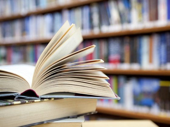 Greşeli în manualele de matematică şi română. Asociaţia Părinţilor: Să-şi asume Editura erorile