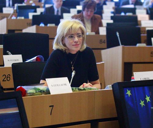 România la un pas de ridicarea vizelor pentru intrarea în SUA