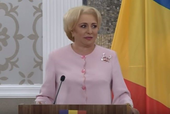 Premierul Dăncilă va discuta cu sindicaliştii despre creşterea salariului minim