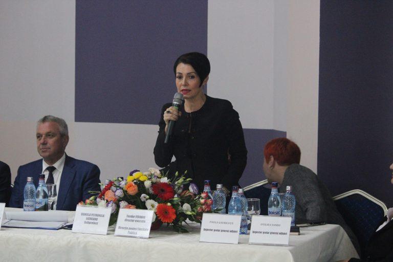 Daniela Lozneanu către directorii de şcoli – Să le însuflaţi copiilor dragostea de şcoală