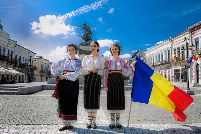 Fetele din Botoşani, cu un nou cântec patriotic