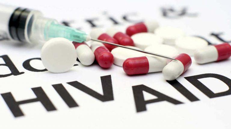 Botoşănenii cu HIV-SIDA puşi în pericol de Statul Român