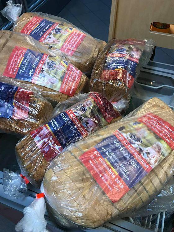 Pliante pro-referendum în pungi cu pâine. BEJ şi Protecţia Consumatorilor fac controale