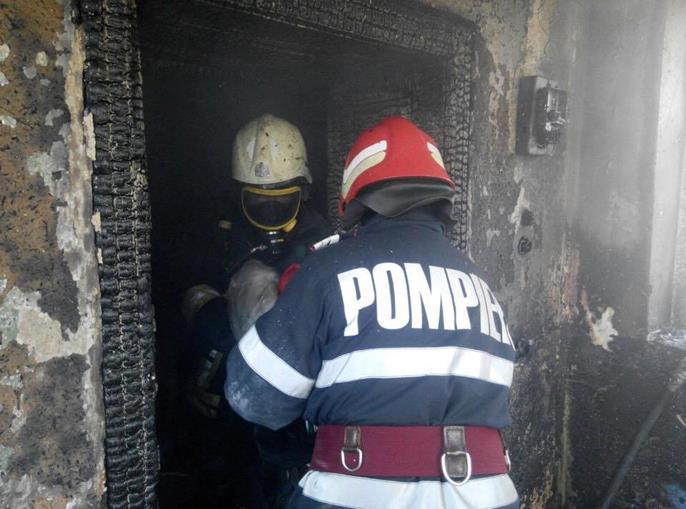 Tragedie! Botoșănean găsit carbonizat în casa cuprinsă de flăcări