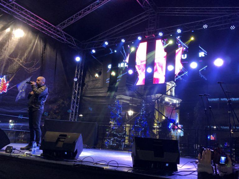 Rock'n'Roll-ul a pus stapanire pe scena Revelionului (video)