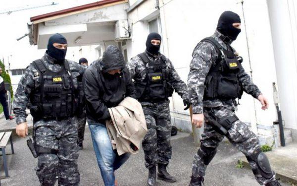 Tânăr condamnat de Judecătoria Dorohoi capturat pe aeroport