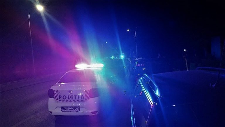 Anchetat pentru două infracțiuni, după o plimbare cu mașina