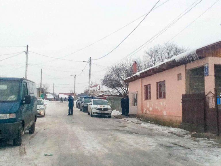 Conflict în stradă terminat în arestul poliției. Cinci indivizi reținuți