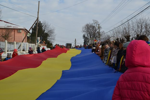 Tricolor de 100 de metri, la sărbătoarea Centenarului de la Todireni