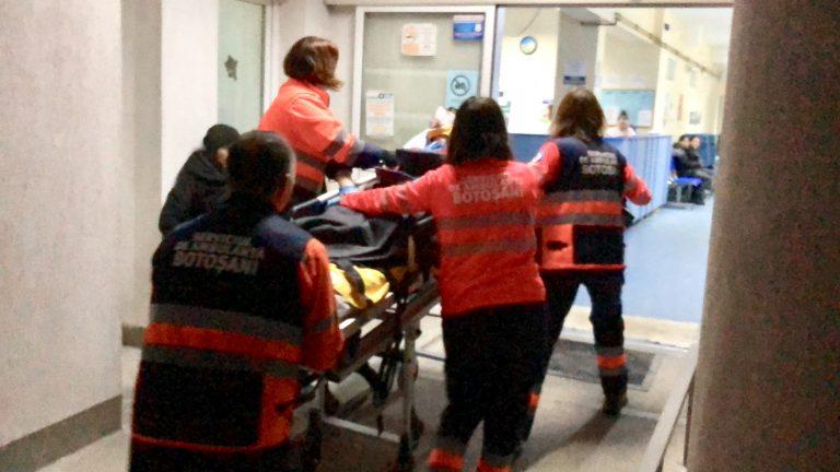 Anchetă la Ambulanţă după moartea unui copil (video)