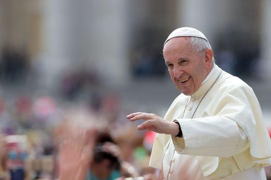 Papa Francisc a ajuns în Irak. Este prima vizită a unui suveran pontif în această țară