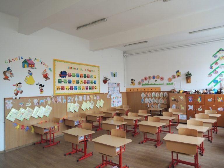Peste 3600 de locuri pentru copiii care intră în clasa pregătitoare