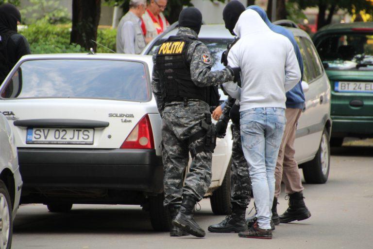 Botoşănean reţinut de poliţiştii ieşeni