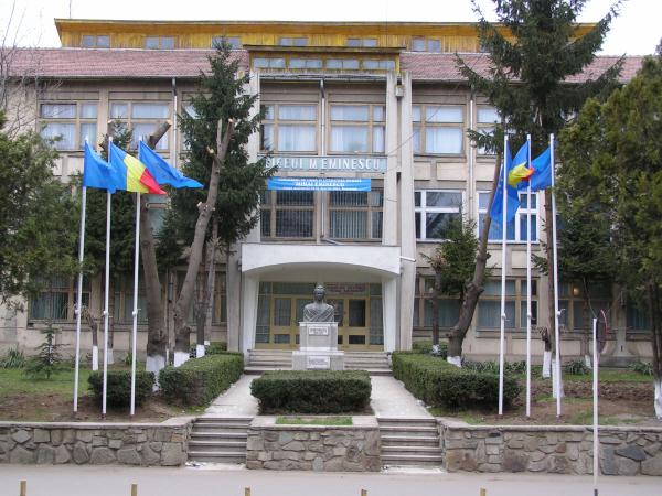 Colegiul Eminescu are cea mai mare rată de promovare la Bac