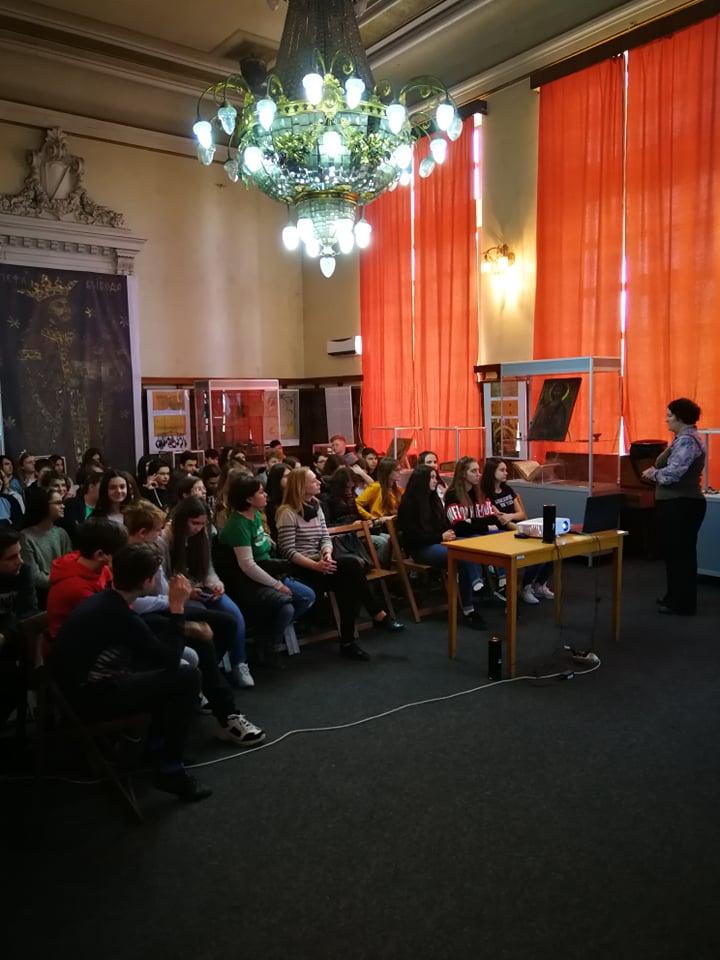 Mii de botoşăneni au vizitat expoziţia ştefaniană de la Muzeul Judeţean