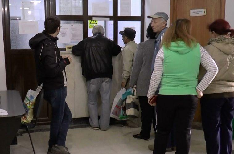 Peste o mie de pensionari au sfidat pandemia din stațiune