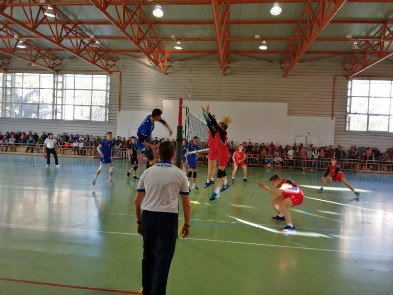 CSȘ Botoșani caută prima victorie la Naționalele de volei în fața CSȘ Blaj » »Turneul e dominat clar de CTF I Mihai! (Foto+Video)