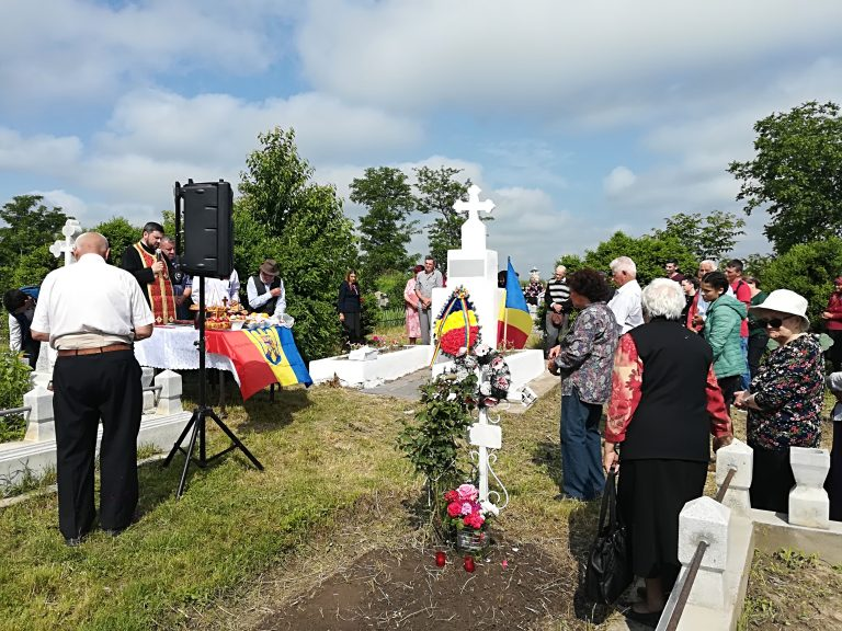 Omagiu adus eroilor români în toate bisericile din Patriarhia Română
