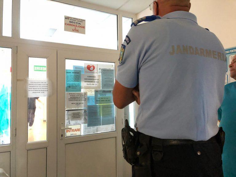Pacient înarmat cu un pistol la Spitalul Judeţean (FOTO/ VIDEO)