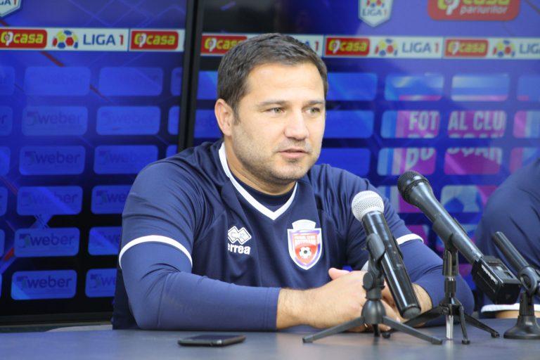 Croitoru sare la gâtul arbitrului bucureștean Rădulescu după remiza cu Dinamo!