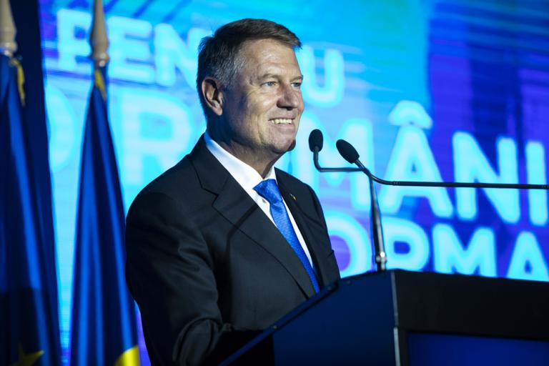 Klaus Iohannis face declarații la ora 18.00