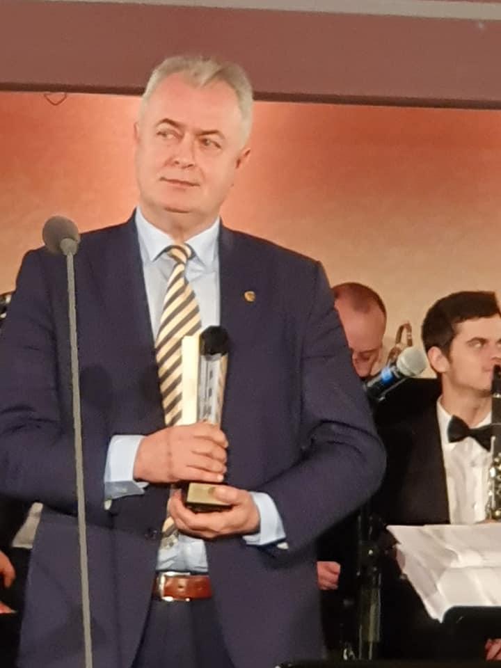 """Premiu de excelenţă obţinut de municipalitatea botoşăneană pentru Parcul """"Cornişa"""""""