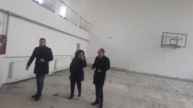 """Sală de sport reabilitată, dar fără utilităţi, la Colegiul """"Mihai Eminescu"""""""