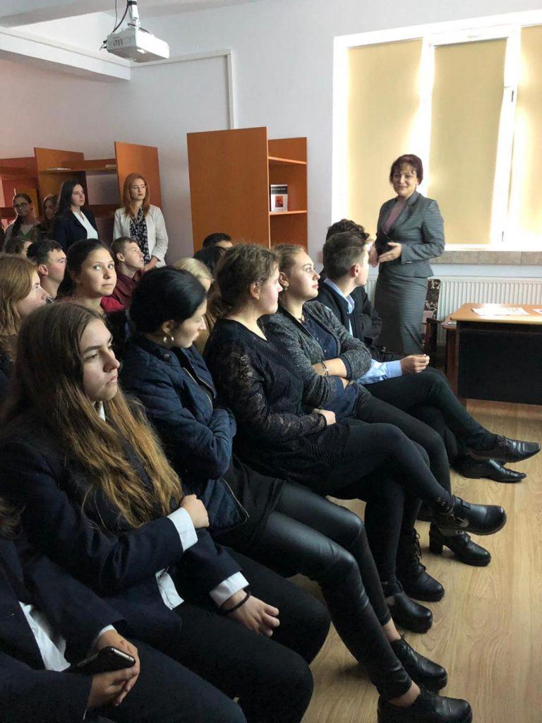 """Seminarul Teologic """"Sfântul Gheorghe"""" Botoşani a derulat proiectul """"Şcoala pentru viaţă"""""""