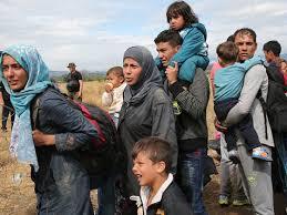 ONU a evacuat de urgență 72 de refugiaţi din Libia către România