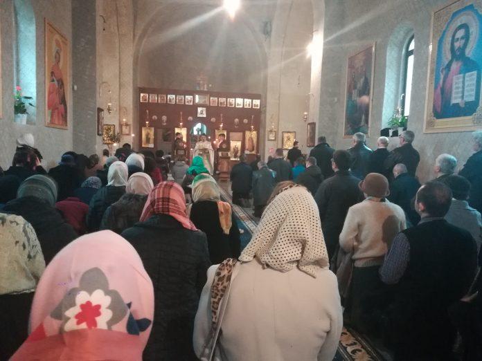 Anul Nou va fi întâmpinat cu slujbe oficiate în biserici