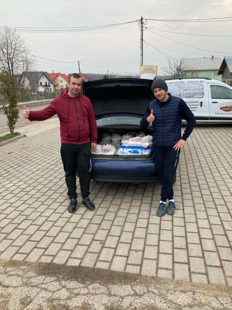 Campanie umanitară organizată de doi tineri din Darabani