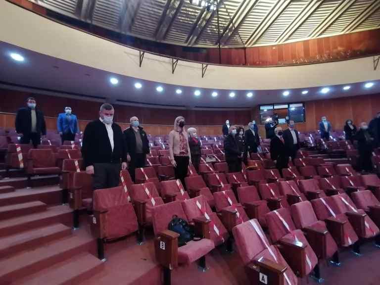 Mai mulţi bani pentru lucrările la Teatrul Eminescu (video)
