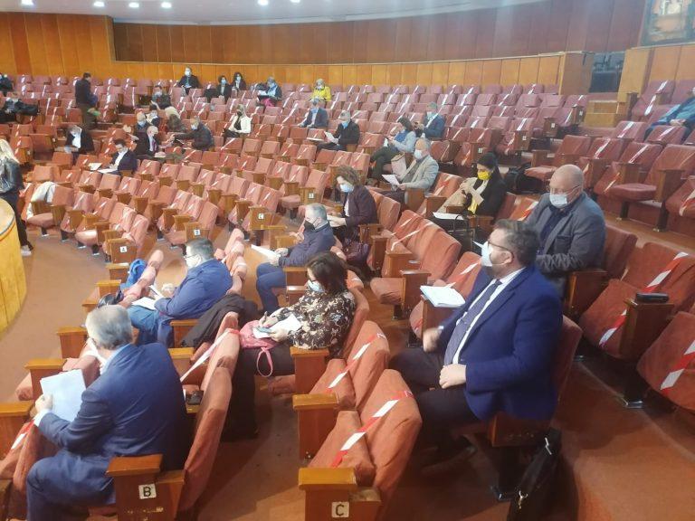 Şedinţă pentru dezbaterea bugetului municipal