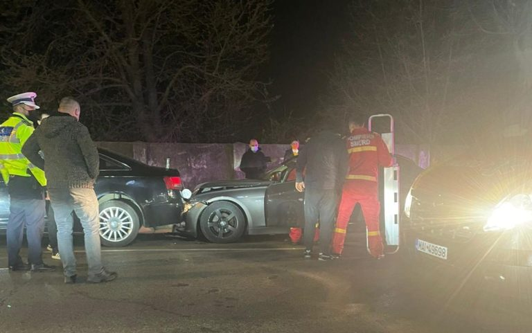 Accident violent pe Bulevard