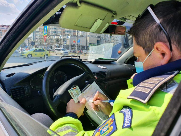 Șoferi lăsați fără permis, după ce nu au dat prioritate pietonilor