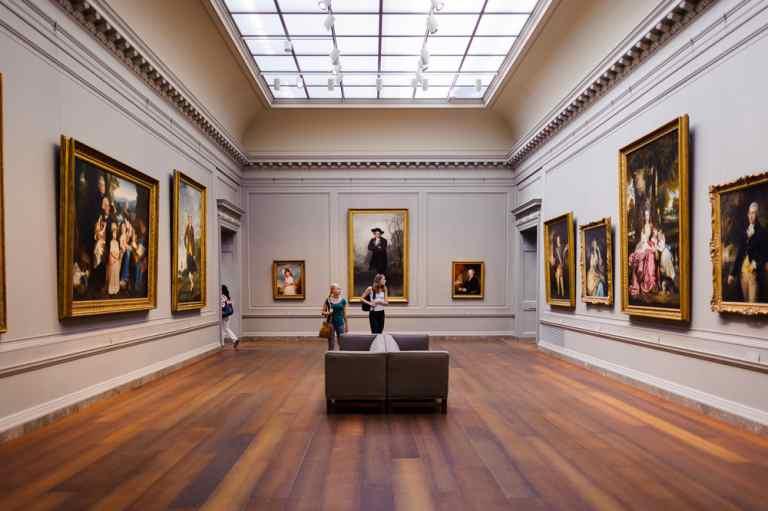 Muzee ce pot fi vizitate virtual – Luvru