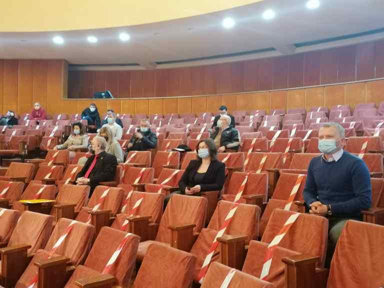 Salariile funcţionarilor din Primăria Botoşani au rămas la nivelul de anul trecut